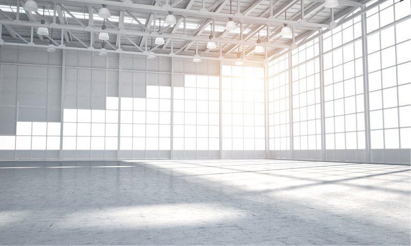 Oświetlenie hali przemysłowej